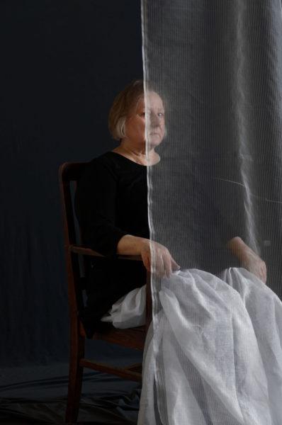 Hannele Rantala (yhdessä Jukka Lehtisen kanssa): A Woman Behind a Thin Fabric (2021)